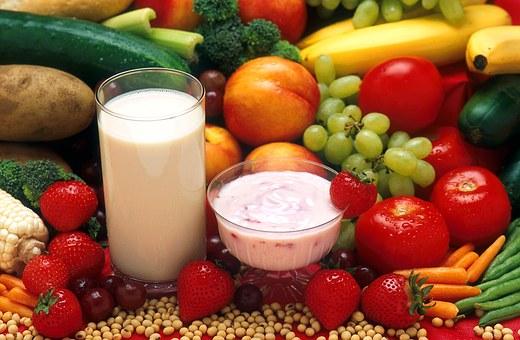 manger sain dessert fruits frais et laitages