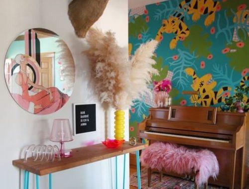 appartement avec objets kitsch